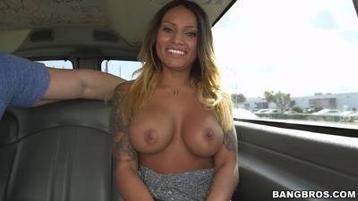 BangBus Natalia Mendez
