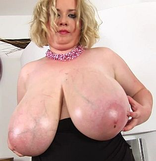 BBW Star Anna Beck 1080p Cover