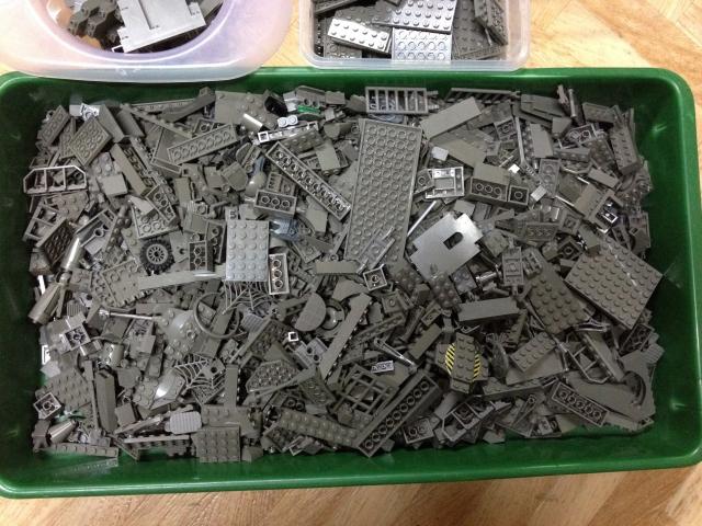 30kg graue legosteine zu verkaufen lego bei 1000steine. Black Bedroom Furniture Sets. Home Design Ideas