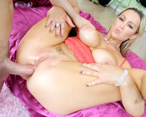 Abbey Brooks - Abbey Brooks Likes It In Her Nice Ass MA010 720p