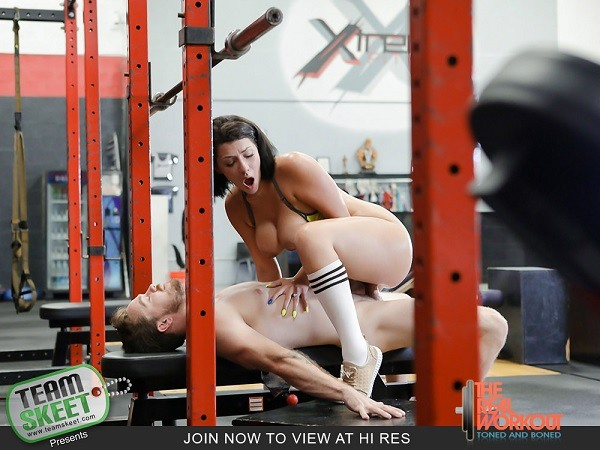 Valentina Jewels - Getting Low On Leg Day 1080p