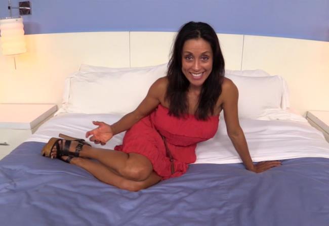 Lorell-47 year old beautiful busty Latina MILF [HD 720p] MomPov.com [2018/2.41 GB]