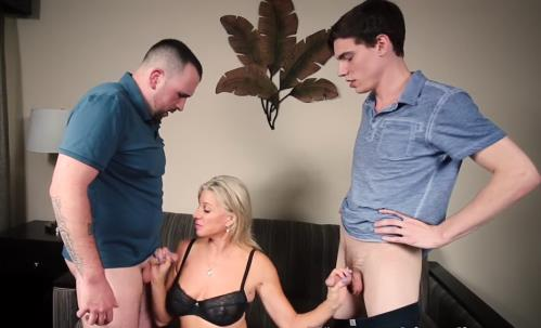 Payton Hall - How Mom Finds a Guilty Son (HD)